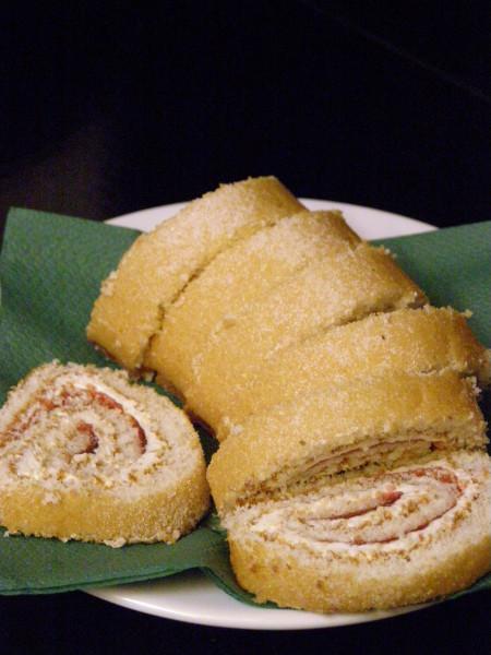 Moist vanilla roll cake
